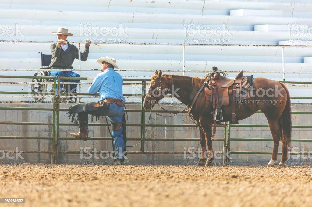 Fotografía de Gerente De Utah Arena Vaquero Y Movilidad Hombre ...
