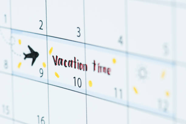 vacation calendar reminder - holiday calendars stock pictures, royalty-free photos & images