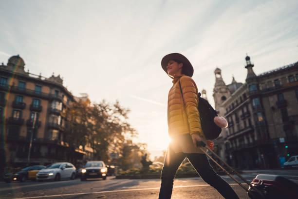 semester i barcelona - spain solar bildbanksfoton och bilder
