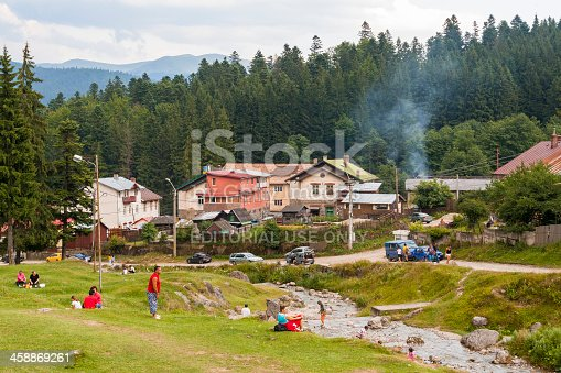 930810564istockphoto Vacation in the mountains 458869261