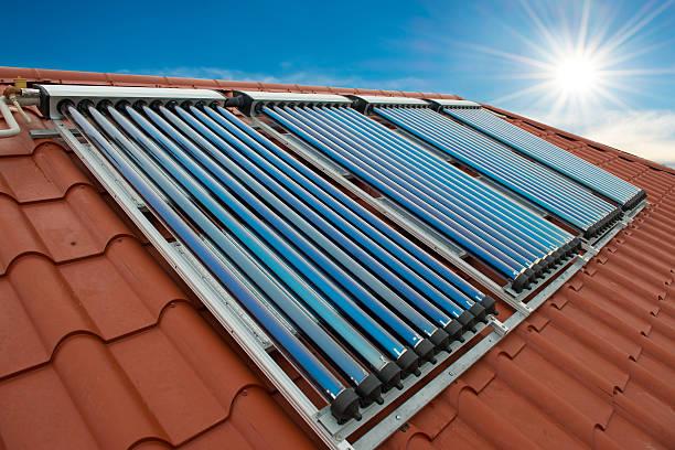 Vakuum collectors- solar-system zur Warmwasseraufbereitung – Foto