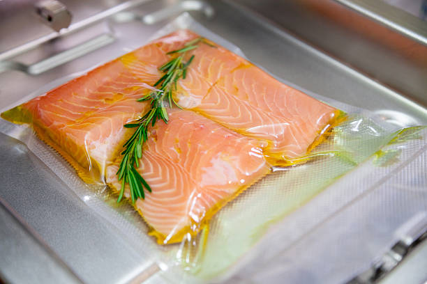 Sous vide salmon with rosemary. – Foto