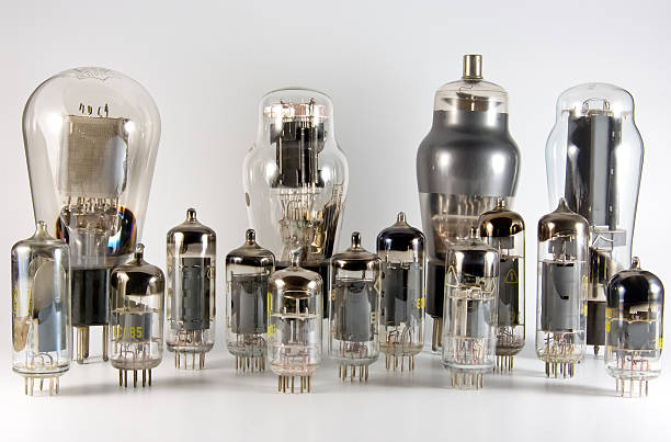 vacuum tube collection - radiobuis stockfoto's en -beelden