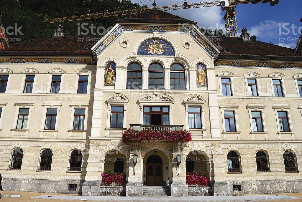 Municipio di Vaduz, Liechtenstein, vista anteriore foto stock royalty-free