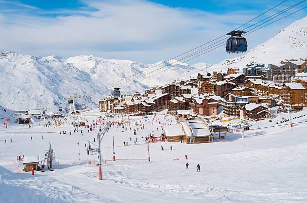 валь thorens - европейские альпы стоковые фото и изображения