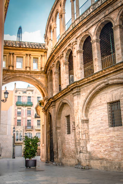 Valencia corridor arch between Cathedral and Basilica Spain Valencia corridor arch between Cathedral and Basilica Spain. romanesque stock pictures, royalty-free photos & images