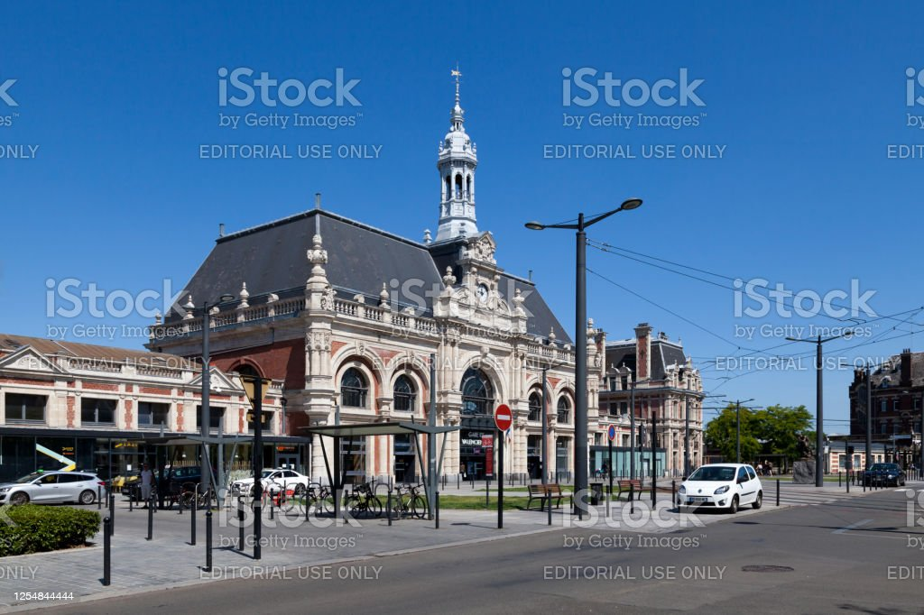 Valenciennes railway station Valenciennes, France - June 23 2020: The Valenciennes station is a railway station on the lines from Fives to Hirson, Douai to Blanc-Misseron and Lourches to Valenciennes. It is located near the city center of Valenciennes, sub-prefecture of the Nord department, in the Hauts-de-France region. Architecture Stock Photo