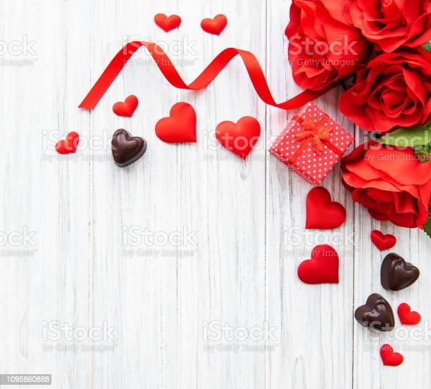 Valentine day romantic background picture id1095860888?b=1&k=6&m=1095860888&s=612x612&h=3gyrl zifu xoikwewcw1og1jzodssqrh8w7n6shrje=