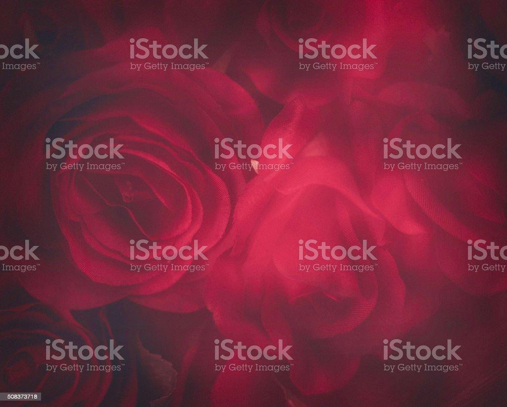 Fundo de Dia dos Namorados rosas vermelhas borradas macio - foto de acervo