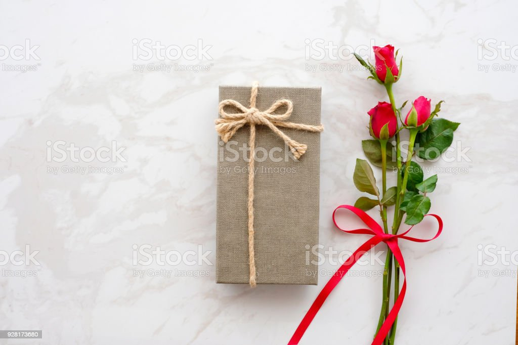 Valentines Day Background Template Red Rose Love Symbol And Gift Box ...