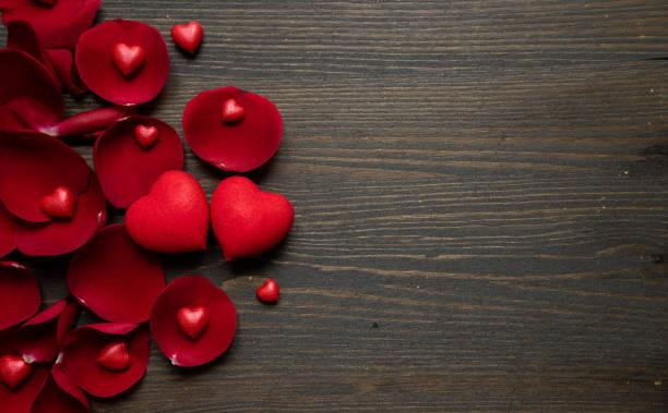 Valentines day background with hearts and rose petals picture id1295615407?b=1&k=6&m=1295615407&s=612x612&w=0&h=kayj5mqzldxrilmub1vu69quyfaizmdurjy2pgnj0ve=