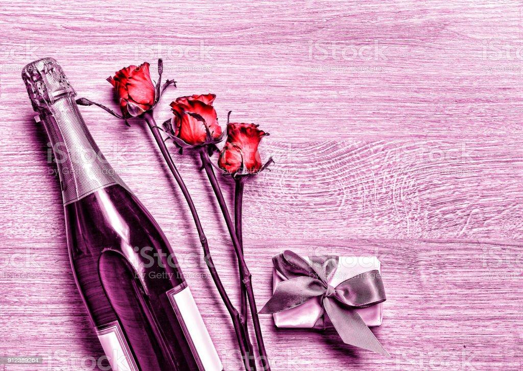 Photo Libre De Droit De Valentin Champagne Coffret Cadeau
