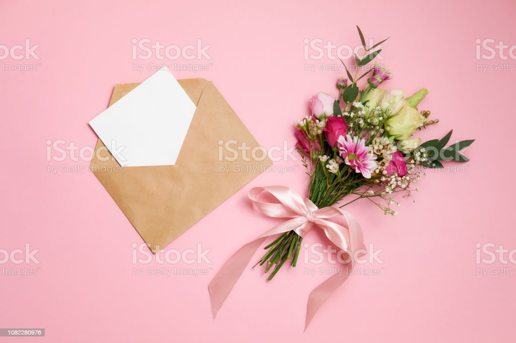 Valentines Day Composition Bouquet Of Flowers Kraft Envelope