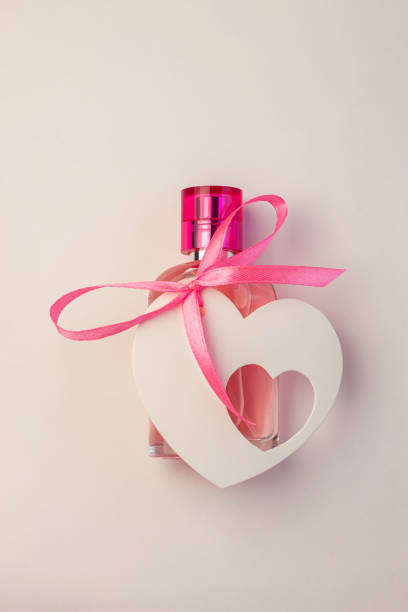 Valentines day creative concept flat lay gift box mockup pink perfume picture id1201431299?b=1&k=6&m=1201431299&s=612x612&w=0&h=w7vxjipofgtughuqpgungrl d8lgx4pdm1vwua1cis4=