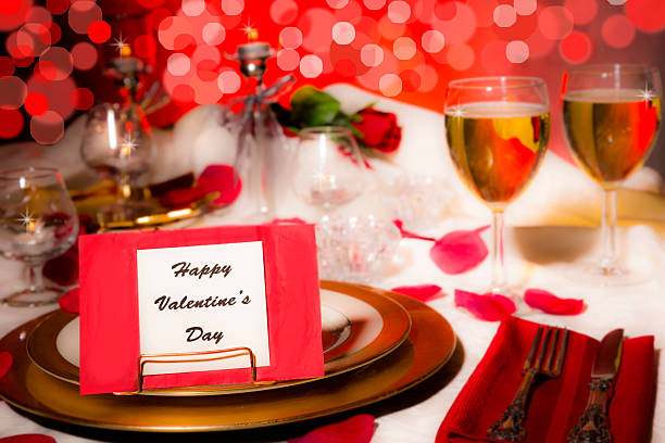 Valentines day dinner romantic table place setting card on plate picture id503330974?b=1&k=6&m=503330974&s=612x612&w=0&h=s2j2su cumbu94duh6gppn8r6nms cyrb9nspdgiq7u=