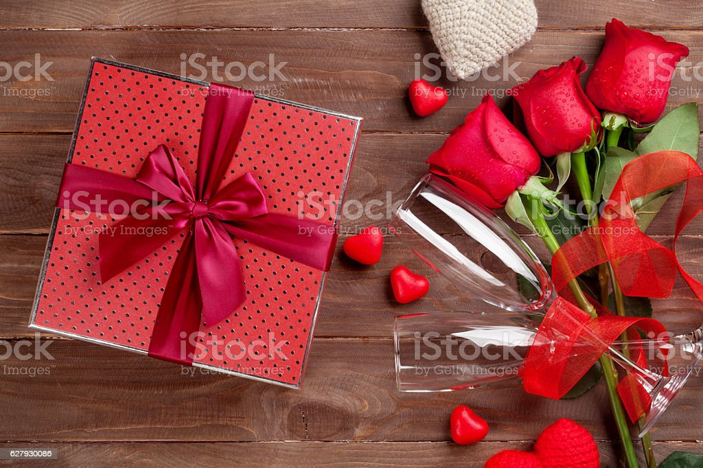 valentines day gift box roses and champagne glasses stock photo, Ideas