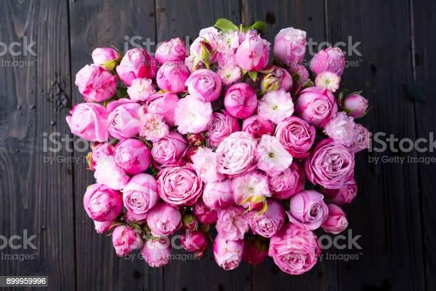 Valentines day of pink roses picture id899959996?b=1&k=6&m=899959996&s=612x612&h=5chzeo3rjmqptpsbichwttyegigpsappokql8q9sxvm=
