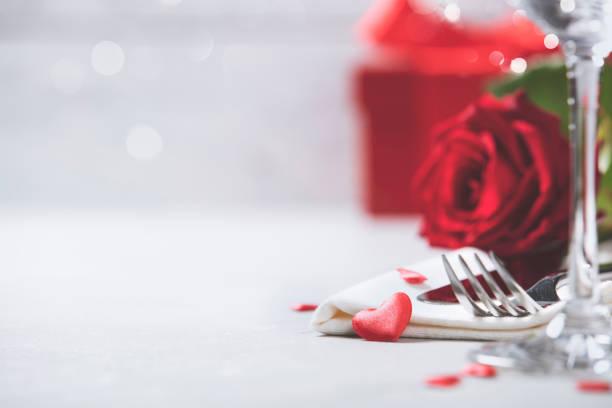 발렌타인의 날 또는 낭만적인 저녁 식사 개념 - 발렌타인 카드 뉴스 사진 이미지