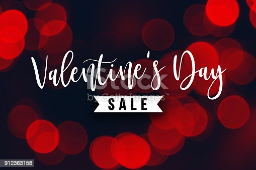 istock Valentine's Day Sale Holiday Text 912363158