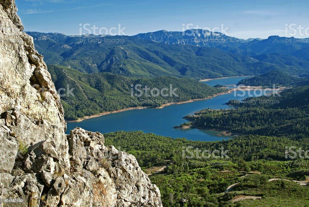 Valle del Guadalquivir sobre Bujaraiza, en las Sierras de Cazorla, Segura y Las Villas. stock photo