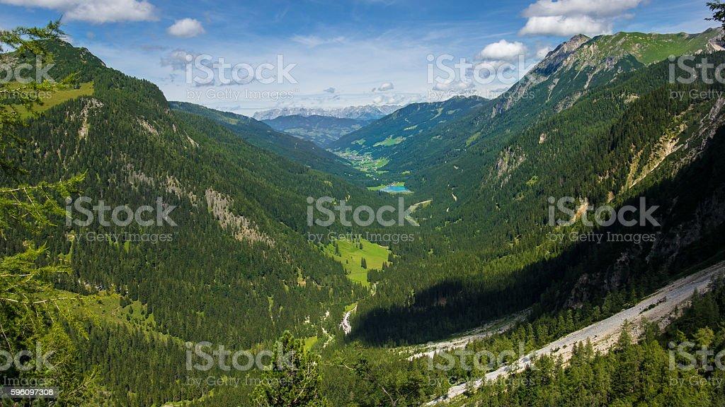 Valley in den österreichischen Alpen Lizenzfreies stock-foto