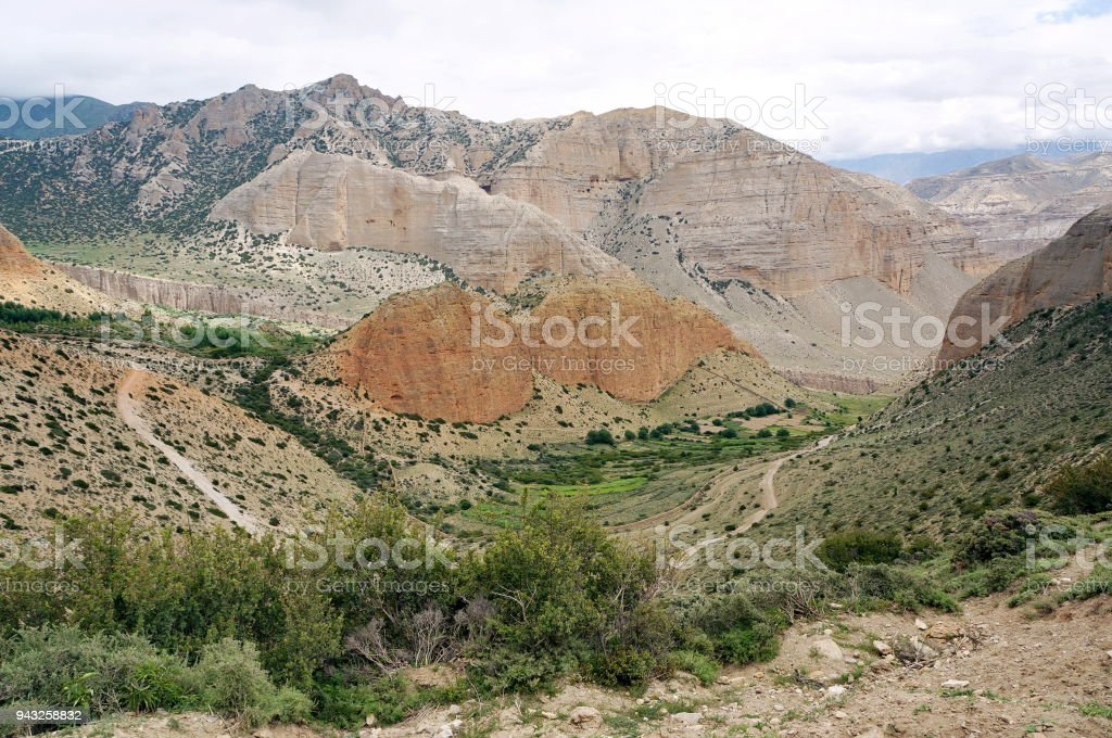 Valley in the gorge of the Himalayan mountains near Chusang. stock photo
