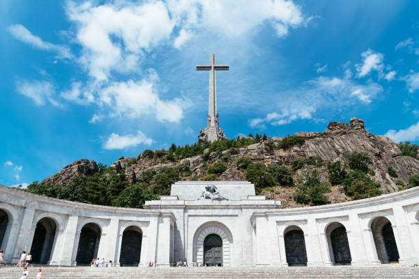valley of the fallen in spain - valley stock pictures, royalty-free photos & images