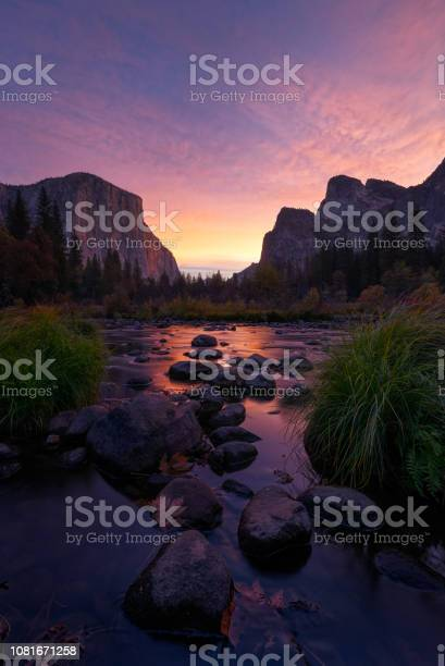 Photo of Valley View Sunrise
