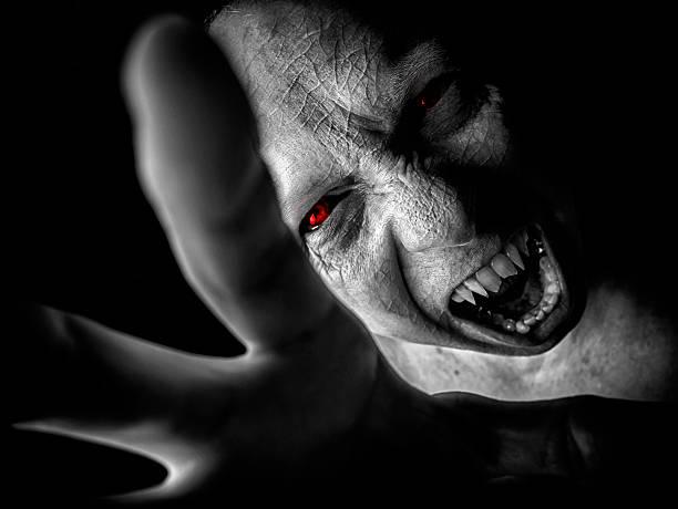 vampir attack - graf dracula stock-fotos und bilder