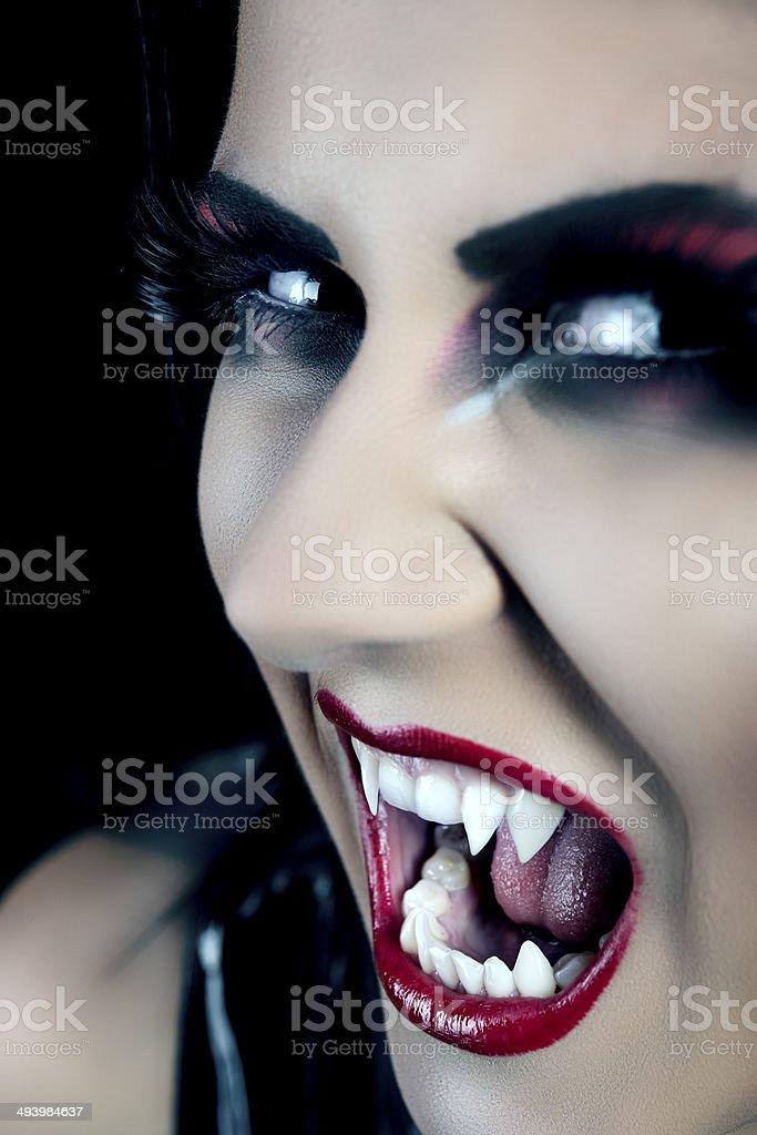 Vampiro Fare Una Smorfia - Fotografie stock e altre immagini di ... 35bdd2d137ed