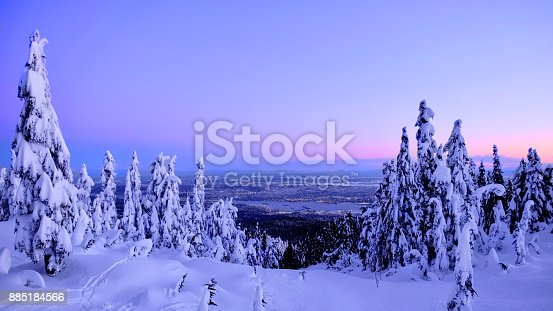 istock Vancouver skyline in winter from Cypress Mountain ski run. 885184566