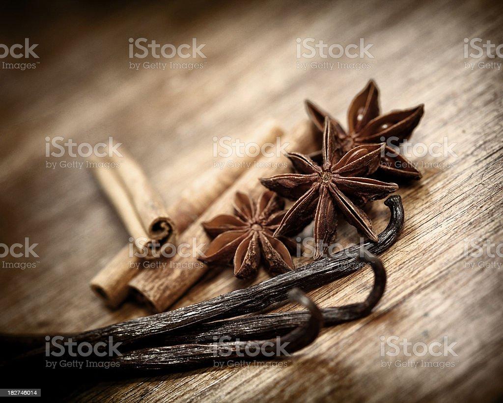 Vanilla, cinnamon and anise stock photo