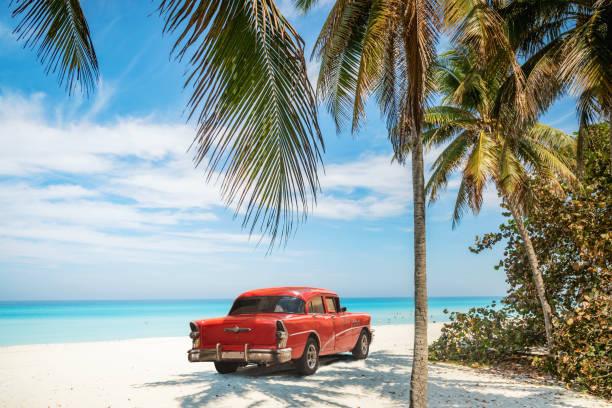 strand von varadero in kuba - urlaub in kuba stock-fotos und bilder