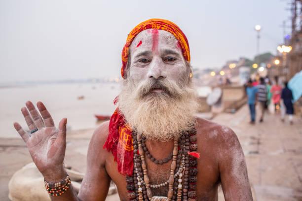 Varanasi_MeditateBaba1 – Foto