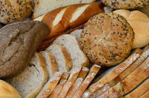 Variedad De Pan Fresco Foto de stock y más banco de imágenes de Agente leudante
