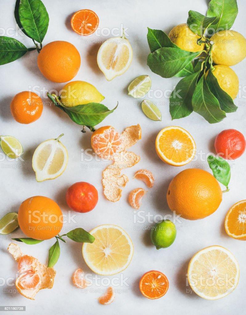 Variété d'agrumes frais pour faire des smoothies sains - Photo