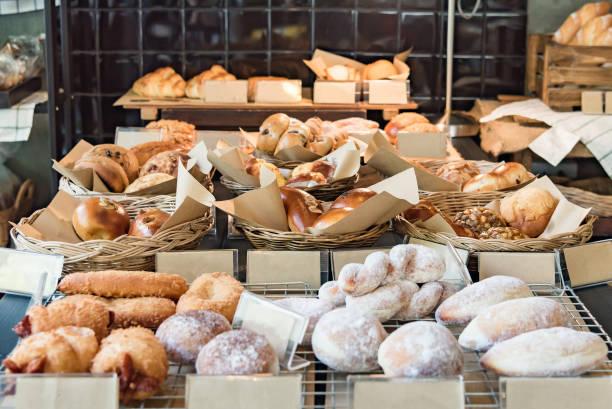 様々 な新鮮なパン屋さん - パン屋 ストックフォトと画像