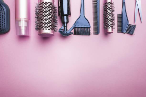 divers outils de coiffeur - salon de coiffure photos et images de collection