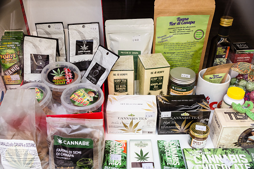 various legal cannabis products in Italy