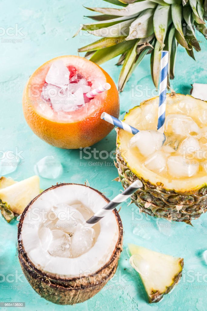Various tropical cocktails zbiór zdjęć royalty-free