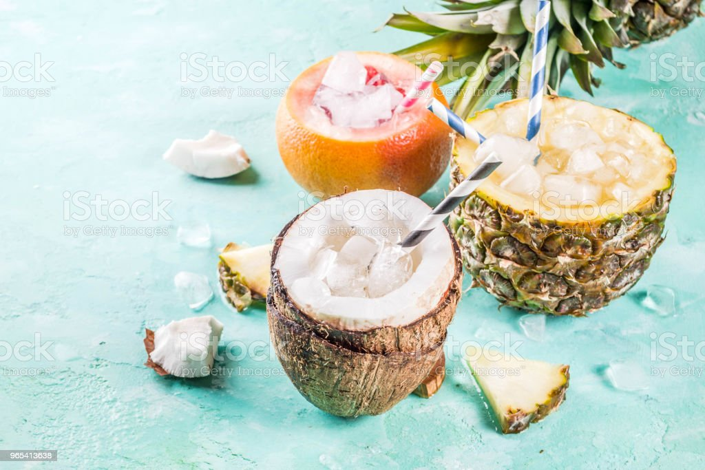Various tropical cocktails zbiór zdjęć royalty-free