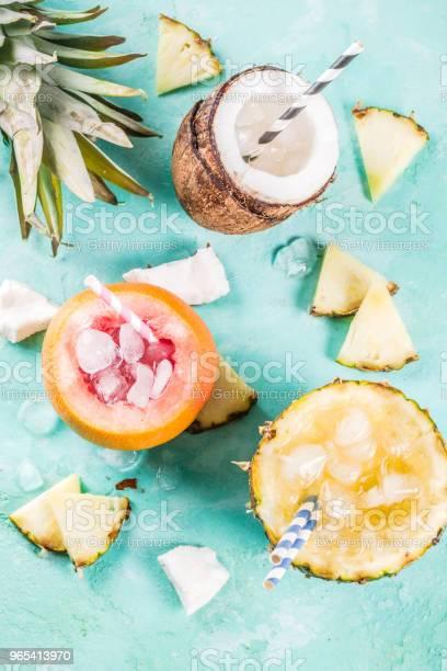 Różne Tropikalne Koktajle - zdjęcia stockowe i więcej obrazów Alkohol - napój