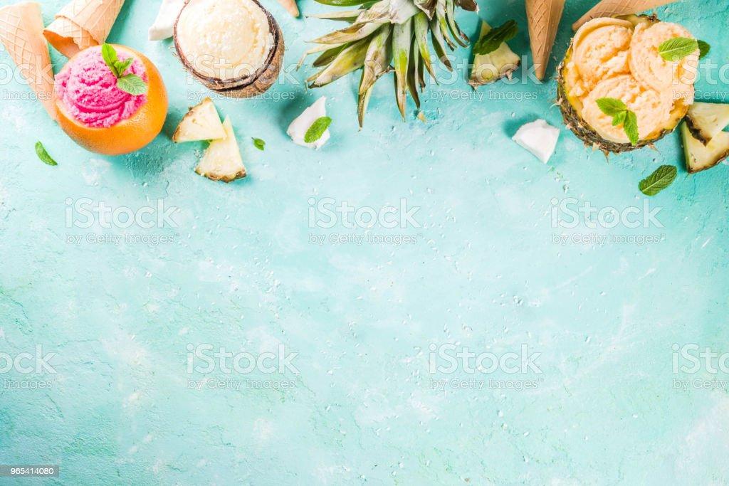 各種熱帶霜淇淋雪糕 - 免版稅一組物體圖庫照片
