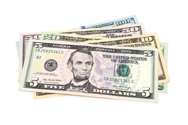 Çeşitli ABD Doları banknot (5, 10, 20, 50, 100 dolarlık) stok fotoğrafı