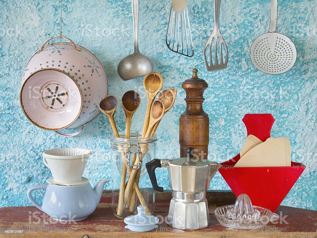 Verschiedene vintage Küchengeräte Lizenzfreies stock-foto