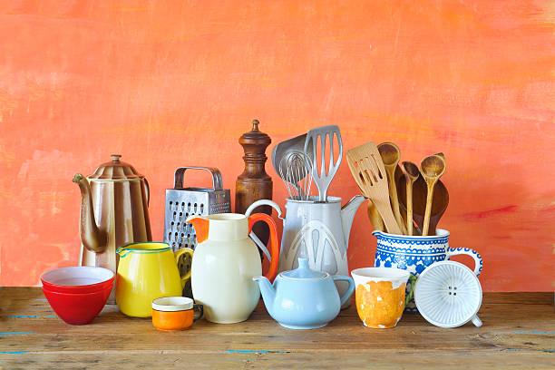 various vintage kitchen utensils, - kücheneinrichtung nostalgisch stock-fotos und bilder
