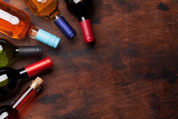 Verschiedene Weinflaschen – Foto