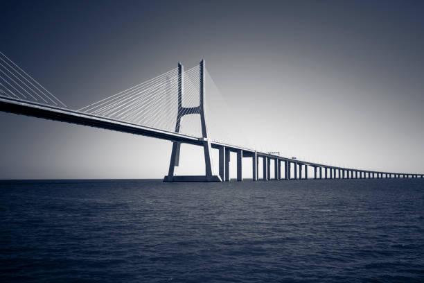 Vasco da Gama Bridge, Lissabon, Portugal – Foto