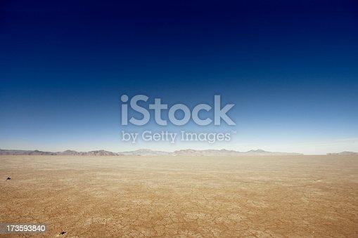 istock Vast Dry Land 173593840