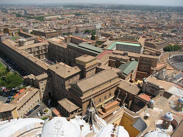 vatican city overview - fsachs78 stockfoto's en -beelden